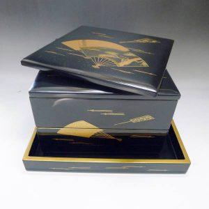 輪島塗の漆器お重箱二段重の画像